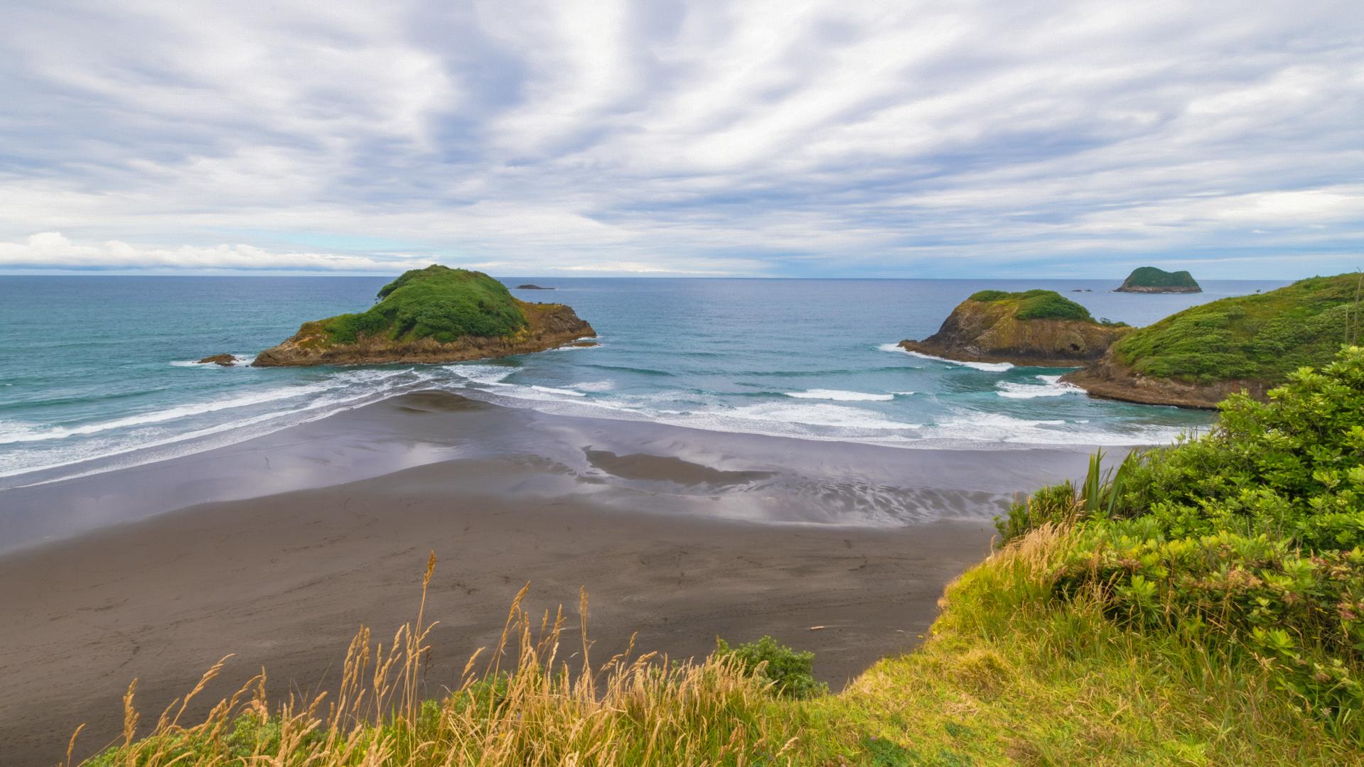Paratuti islands New Zealand
