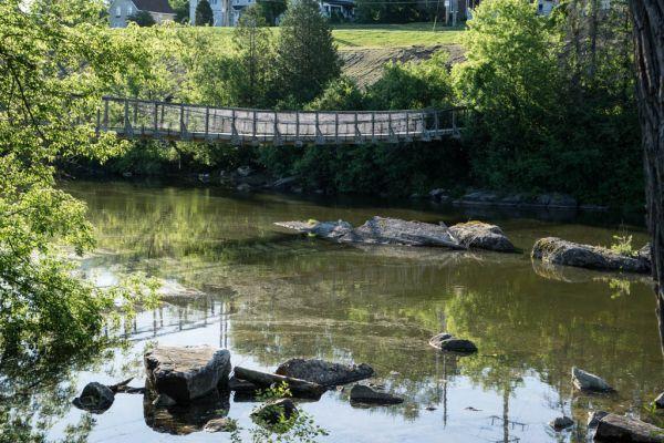 Renfrew - Swinging Bridge across Bonnechre River