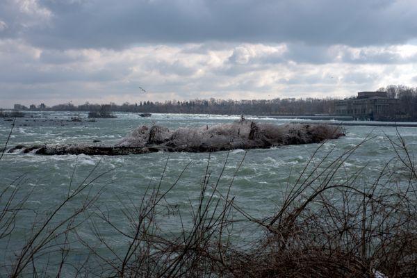 Cberdugo_Niag Falls_3