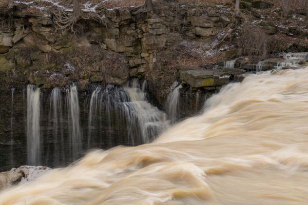 Upper Balls Falls