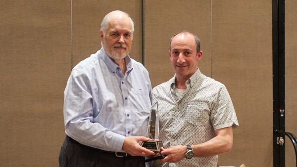 John Allman presenting Stan Bain Print Trophy to Bruce Haar
